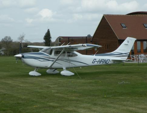 2007 Cessna 182T Skylane for Sale in Denham, United Kingdom (EGLD)