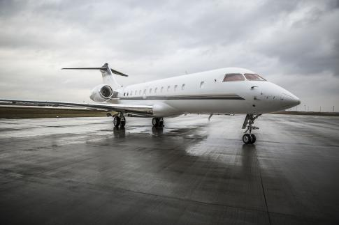 2005 Bombardier Global 5000 for Sale in Canada