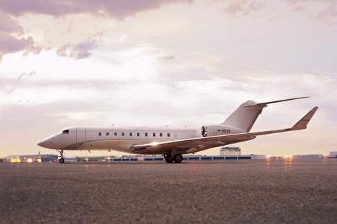 2012 Bombardier Global 5000 for Sale in Canada