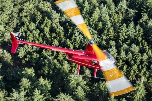 2017 Robinson R-44 Raven II for Sale in Harskamp, Gelderland, Netherlands (zzzz)
