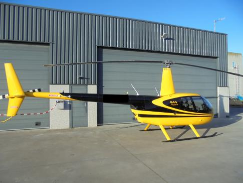 2013 Robinson R-44 Raven II for Sale in GIVRY EN ARGONNE, France