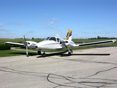 1978 Piper PA-34-200T Seneca for Sale in Sugar Grove, Illinois, United States (ARR)