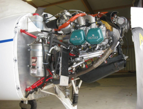 Rotax 912 UL 100 hp engine in strasbourg, France