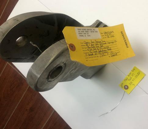 Main Rotor Grips 47-120-252-3 in Marianna, Florida, United States (KMAI)
