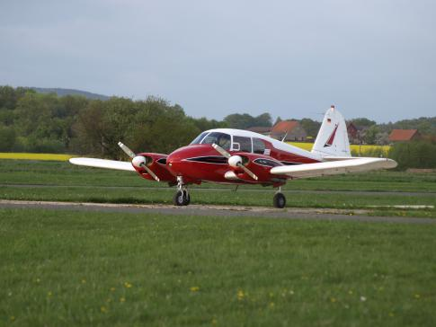 1958 Piper PA-23-160 Apache for Sale in Melle, Niedersachsen, Germany (EDXG)