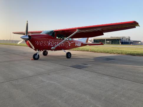 1977 Cessna 206 for Sale in Hamburg, Hamburg, Germany (EDDH)