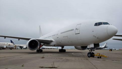 1996 Boeing 777-200 for Sale in Kansas City, Missouri, United States (KMCI)
