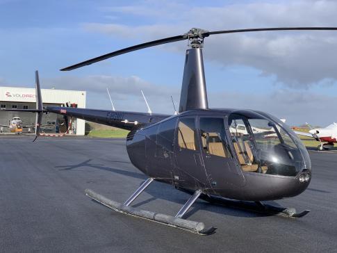 2009 Robinson R-44 Clipper II for Sale in France (LFRN)
