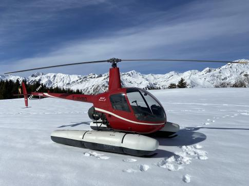 2002 Robinson R-22 Beta II for Sale in LAVAL, France (LFOV)